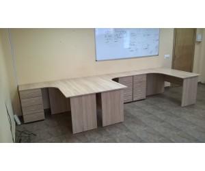 Комплект офисной мебели на три рабочих места, дуб сонома