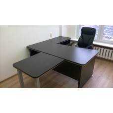 Оборудование мебелью для кабинета руководителя, цвет венге