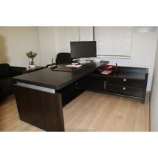 Оборудование мебелью кабинета для руководителя, цвет дуб ферарра