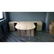 Оборудование кабинета офисной мебелью для четырех человек