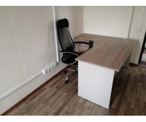 Эргономичное рабочее место для персонала (Стол+тумба)