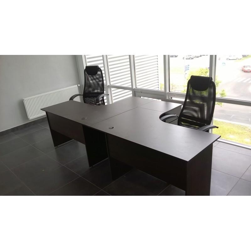 Стол для персонала на двух человек. В наличии!