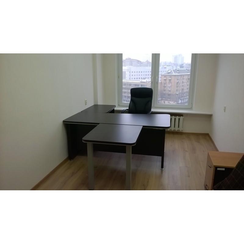"""Оборудование мебелью для кабинета руководителя из серии """"Вельс"""""""