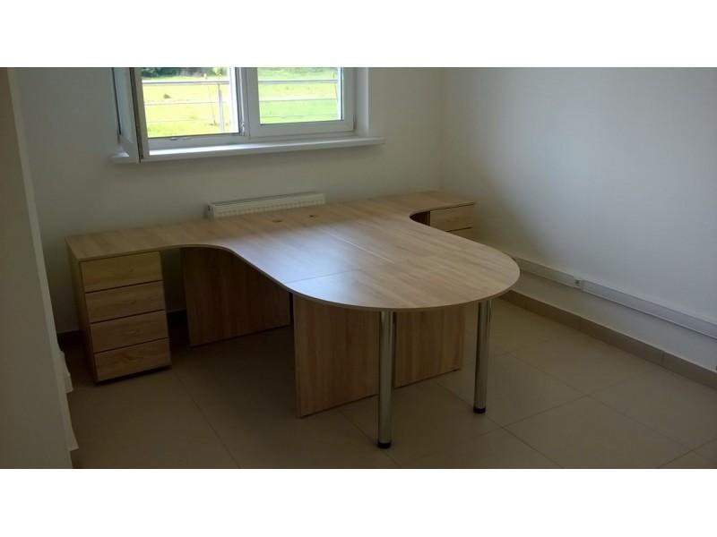 Угловое рабочее место для офиса на двух человек. В наличии!