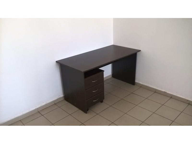 Стол с офисной тумбой