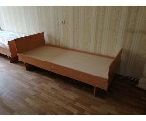 Кровать односпальная для комнат в общежитии