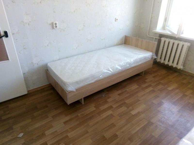 Кровать с матрасом, цвет дуб сонома