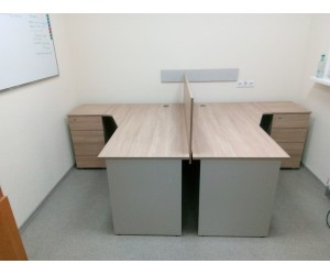 Комплект офисной мебели для двух человек. Столешница 22 мм!