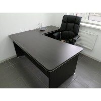 Стол офисный для руководителя V1U-P, цвет венге